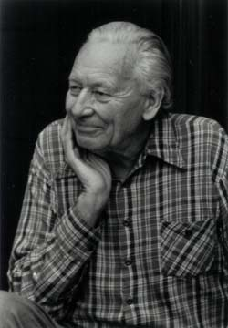 Gregory Bateson  Photo:©Roll
